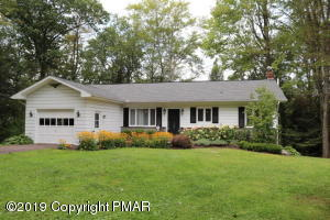 29 PARRY ROAD, Moscow, PA 18444