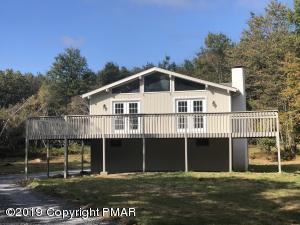 262 Ash Dr, Long Pond, PA 18334