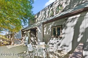 198 Sunbird Way, Tannersville, PA 18372