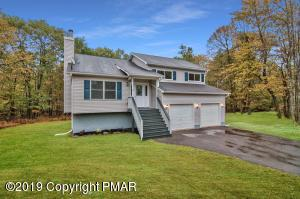 120 Crystal Dr, Long Pond, PA 18334