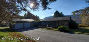 123 Windy Hill Dr, Tannersville, PA 18372