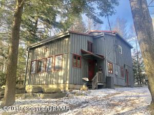 188 N Lake Dr, Lake Harmony, PA 18624