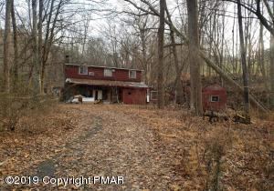 1748 Middle Rd, Stroudsburg, PA 18360