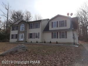 652 Sullivan Trl, Long Pond, PA 18334
