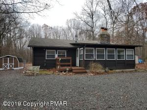 79 Twin Lake Rd, Albrightsville, PA 18210