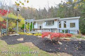 1468 Lower Smith Gap Rd, Kunkletown, PA 18058