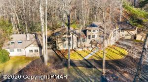 386 Camelback Rd, Tannersville, PA 18372
