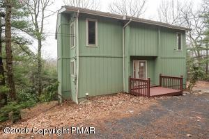 217 Cobble Creek Dr, Tannersville, PA 18372