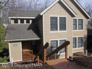 161 Pine Ct, Tannersville, PA 18372