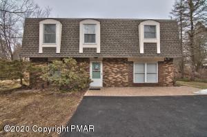 17 Heath Ln, Mount Pocono, PA 18344