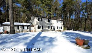 2561 Mount Clay Dr, Effort, PA 18330