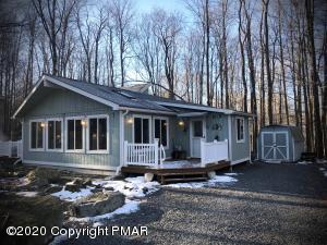 5310 Conoquenissing Dr, Pocono Lake, PA 18347