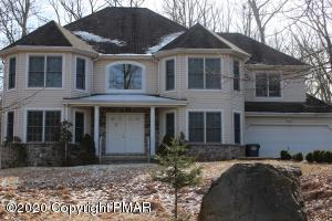 4129 Sycamore Ln, East Stroudsburg, PA 18301