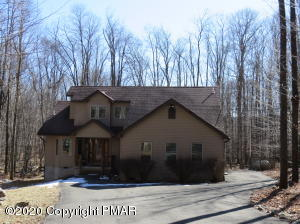 45 Livingston Lane, Gouldsboro, PA 18424