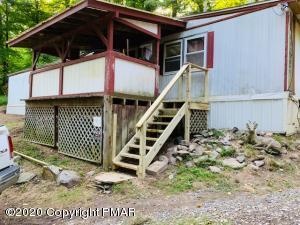 2054 River Rd, Mount Bethel, PA 18343