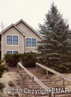 143 Pine Ct, Tannersville, PA 18372