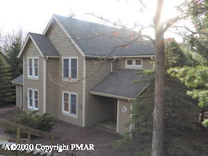 478 Spruce Dr, Tannersville, PA 18372