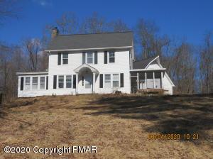 42 Primrose Ln, East Stroudsburg, PA 18302