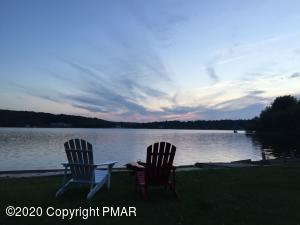 7746 Lake Shore Dr, Pocono Lake, PA 18347