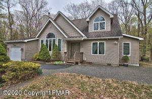 305 Forest Dr, Lords Valley, PA 18438