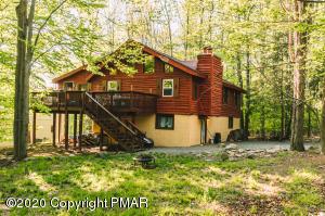 45 Mountain Glen Drive, Gouldsboro, PA 18424