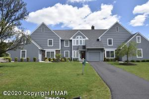 7188 Skytop Meadow Dr, Skytop, PA 18325