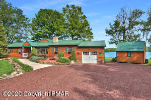 7644 Lake Shore Dr, Pocono Lake, PA 18347