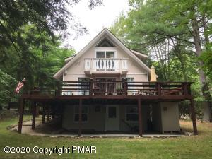 5256 Woodland Ave, Pocono Pines, PA 18350