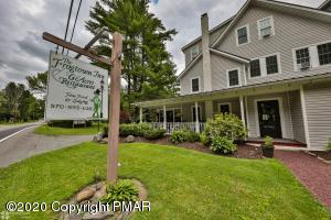 2468 Route 390, Canadensis, PA 18325
