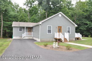 131 Alger Ave, Tannersville, PA 18372