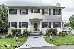 187 Old Stagecoach Rd, Gilbert, PA 18331