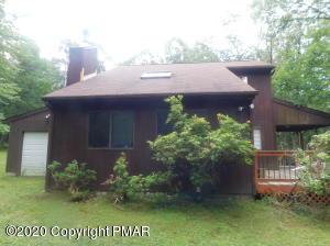 112 Messerle Ct, Bushkill, PA 18324