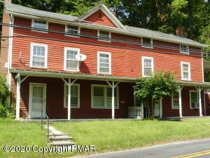 565 River Rd, East Stroudsburg, PA 18302