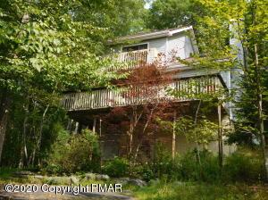 4229 Winchester Way, Bushkill, PA 18324