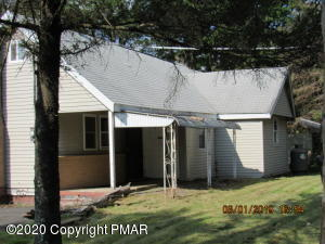 104 Knob (AKA 734 Lakeview Dr) Ct, Albrightsville, PA 18210