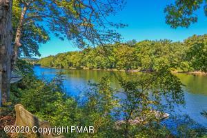3540 River Rd, Mount Bethel, PA 18343