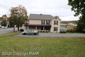 409 Main Ave, Hawley, PA 18428