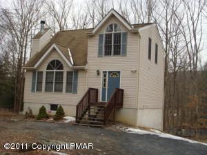 6488 Decker Rd, Bushkill, PA 18324