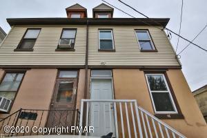 814 Pine St, Easton, PA 18042