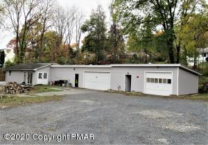132 Independence Rd, East Stroudsburg, PA 18301