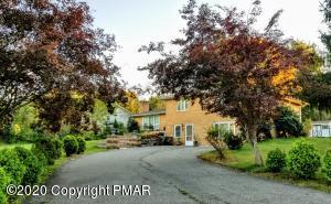 803 Lourdes Ave, Stroudsburg, PA 18360