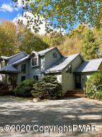 157 Split Rock Ln, Pocono Pines, PA 18350
