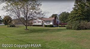 2504 Chestnut St, Brodheadsville, PA 18322