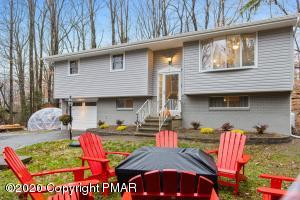 113 Crest Hill, Canadensis, PA 18325