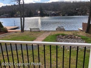 209 N Lake Dr, Lake Harmony, PA 18624