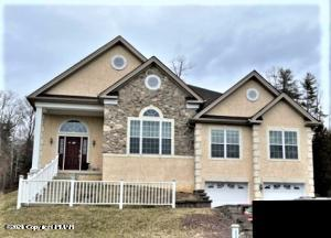 3201 Pine Valley Way, East Stroudsburg, PA 18302