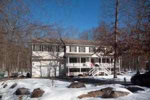 158 Sandlewood Dr, East Stroudsburg, PA 18301