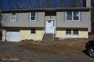196 Canterbury Rd, East Stroudsburg, PA 18324