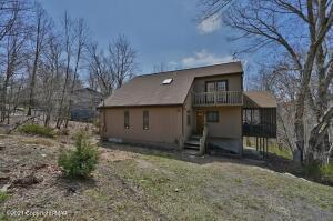 243 Brentwood Dr, Bushkill, PA 18324