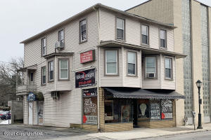 118 S Courtland St, East Stroudsburg, PA 18301